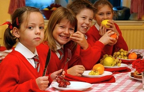 Healthy Eating Children at lunchtime