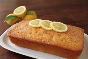 Gluten-free Lemon & Blackberry Polenta Cake.